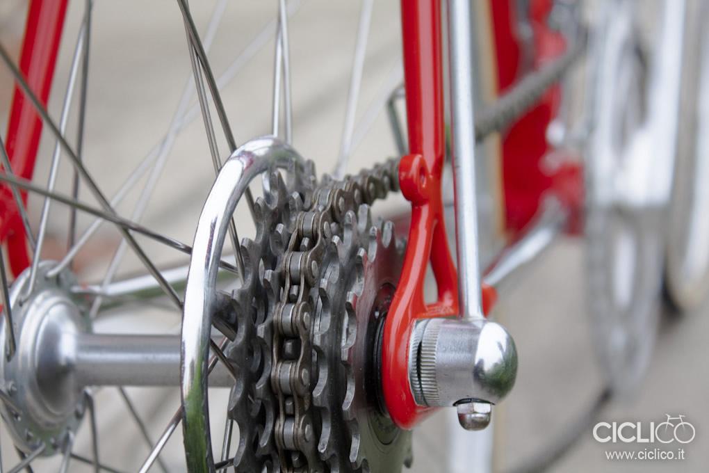 ruota libera Regina, passacavo Campagnolo, Cicli Rolard, Cima Portule, Campagnolo due leve, restauro bici d'epoca, freni Balilla