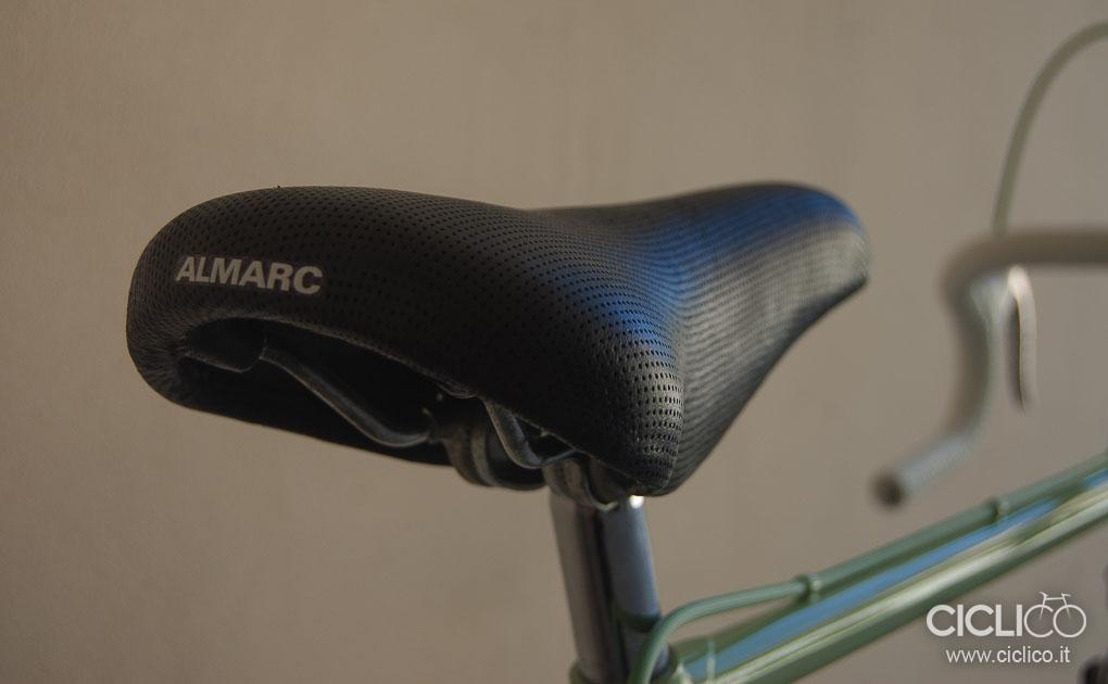 Sella Almarc, ciclico, copertura in pelle, sella da corsa