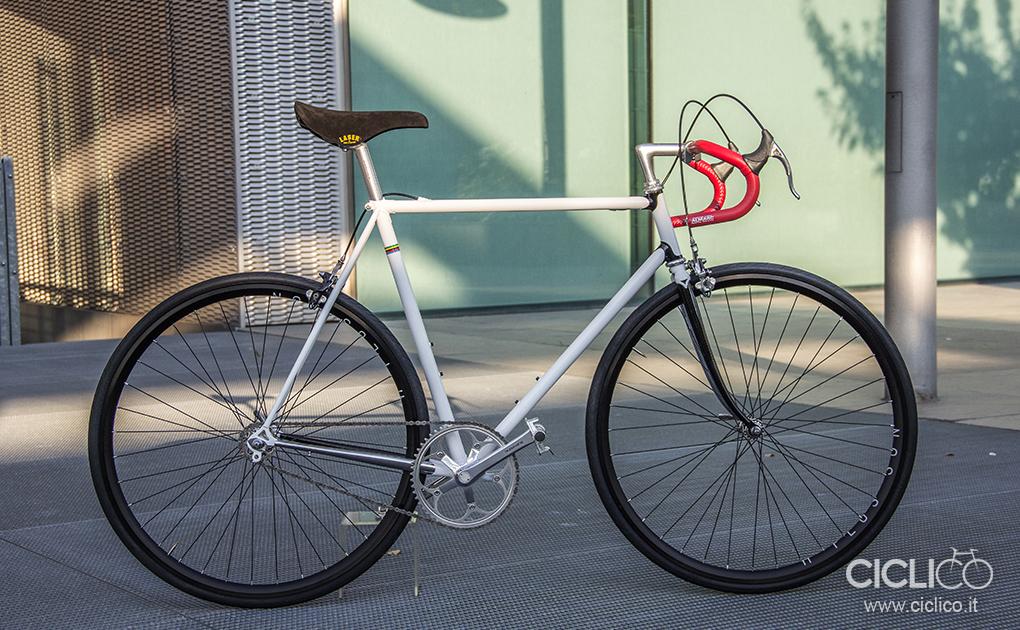 ciclico, singlespeed, urban bike, telaio acciaio, dura ace 7400, almarc