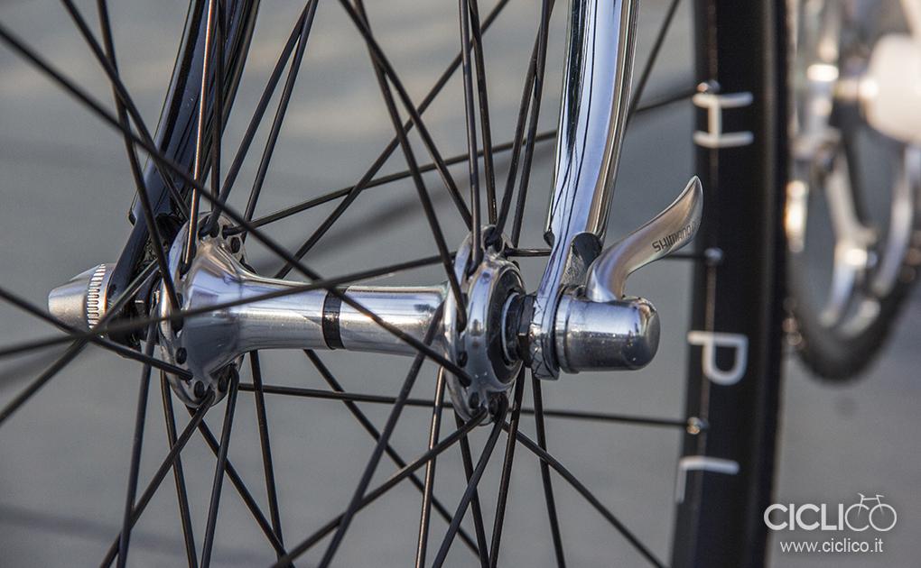 ciclico, singlespeed, urban bike, telaio acciaio, dura ace 7400, almarc, cinelli, h plus son rims