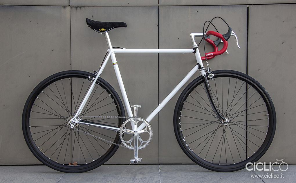 ciclico, singlespeed, urban bike, telaio acciaio, dura ace 7400, almarc, cinelli, h son plus rims