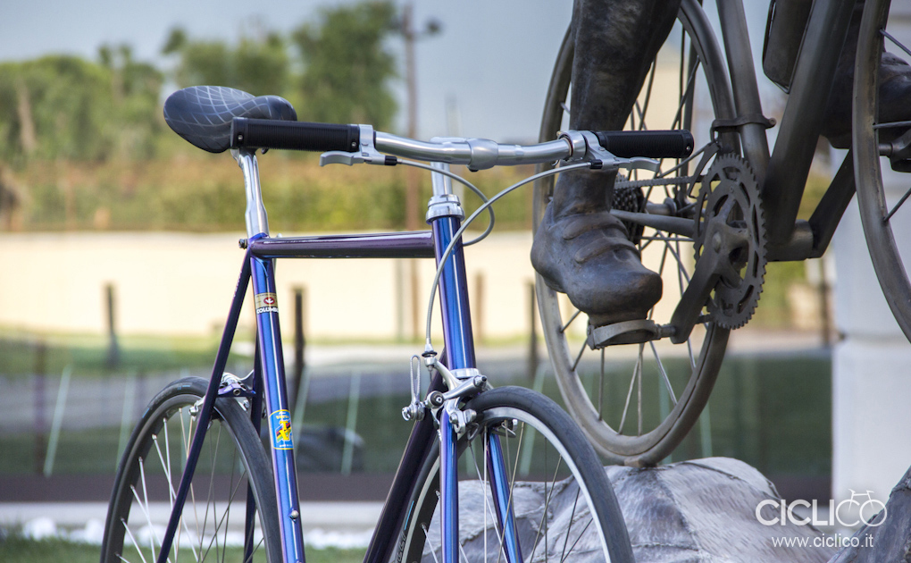 cicli vetta, ciclico, custom works, singlespeed, restore, steel, bici in acciaio, bici vintage, restauro, custom, campagnolo c-record, gian robert, ITM, dura ace 7410, shimano dura ace, NISI hr22, campagnolo victory, campagnolo c-record, campagnolo chorus, san marco concor profile, paul components E-Lever, campagnolo super recors shifters, mks sylvan touring, pirelli p zero velo 4s, knog Oi Luxe bell, bike bell, regina america, sachs, brooks cambium rubber, brooks cambium